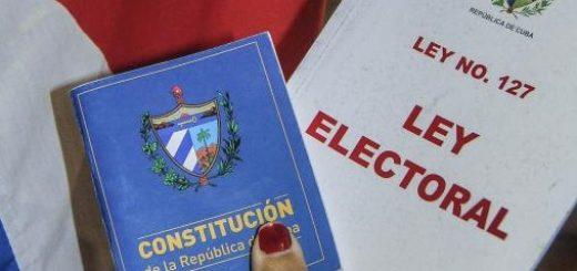 Constitución cubana dictada por el pueblo, del pueblo y para el pueblo. y