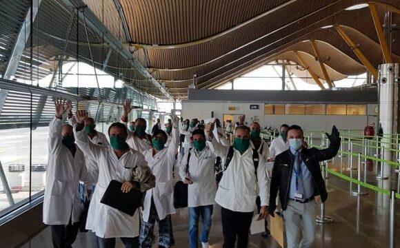 Médicos cubanos ayudan a combatir el coronavirus en Andorra