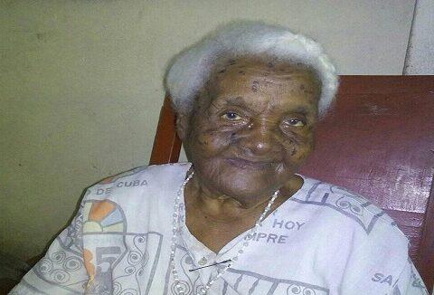 Longeva santiaguera en sus 105 aós de edad