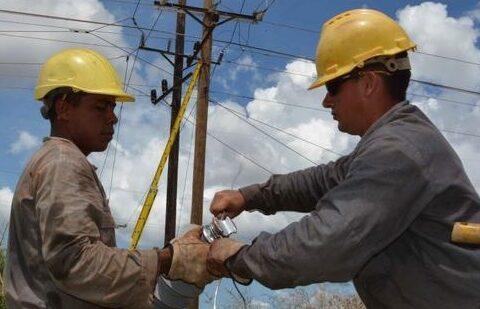 Ahorro, mantenimiento y desarrollo del sistema eléctrico en la provincia Santiago de Cuba