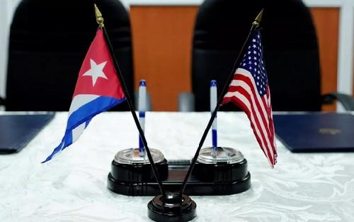 Cuba defiende la paz y entendimiento con Estados Unidos.