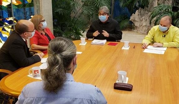 Radio y televisión cubanas informan y entretienen en tiempos de COVID-19