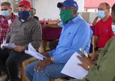 Chequean en Santiago de Cuba prioridades socio-económicas. CMKC, Radio Revolución.