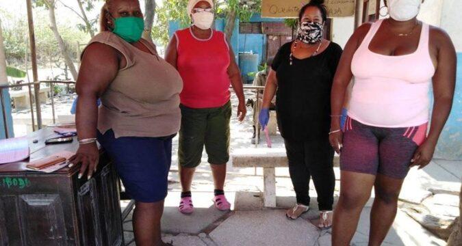 Trabajadores del vertedero municipal Santiago