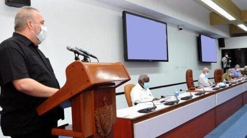 Reunión del Buró Político sobre acciones post-pandemia en Cuba.