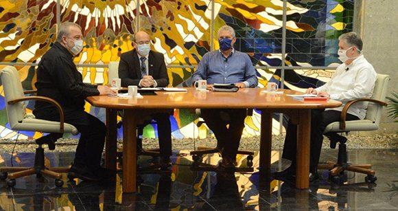 Explica gobierno cubano etapas post covid-19