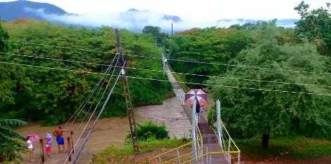 Crecidas del río en Mayarí Arriba por lluvias