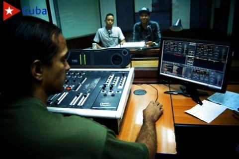 Emisora municipal de Santiago de Cuba CMKW,Radio Mambí