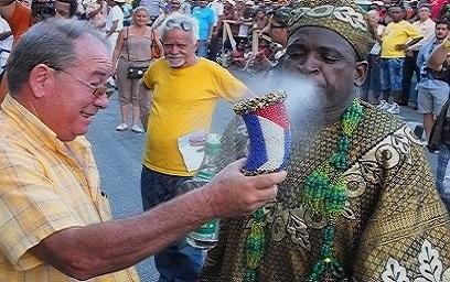 La mpaca, símbolo mágico religioso del Festival del Caribe