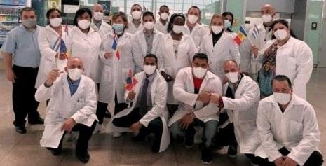 Médicos cubanos llegan de Andorra.