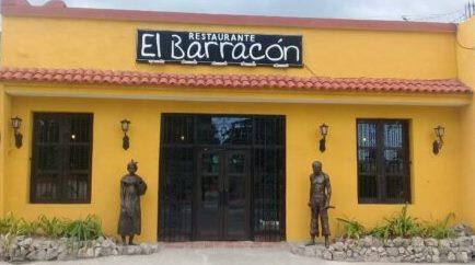 Restaurante El Barracón, comida tradicional criolla cubana en Santiago.
