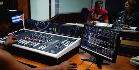 CMKW, Radio Mambí, desde el corazón de la ciudad de Santiago de Cuba.