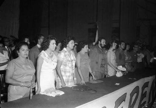 Fidel y las federadas cubanas