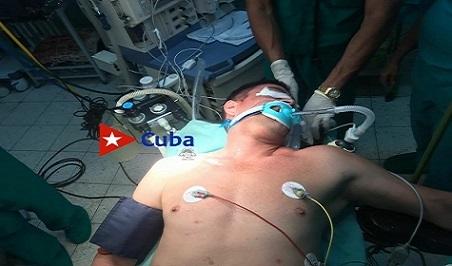 Cirugía poco común en Santiago ante el Sìndrome de la Apertura Superior