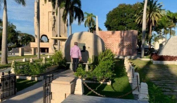 Rinde Miguel Díaz Canel tributo a Fidel en Santiago de Cuba