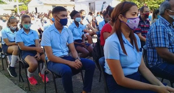 Celebran Jóvenes Sanluiseros Acto Provincial por el Día Internacional del Estudiante