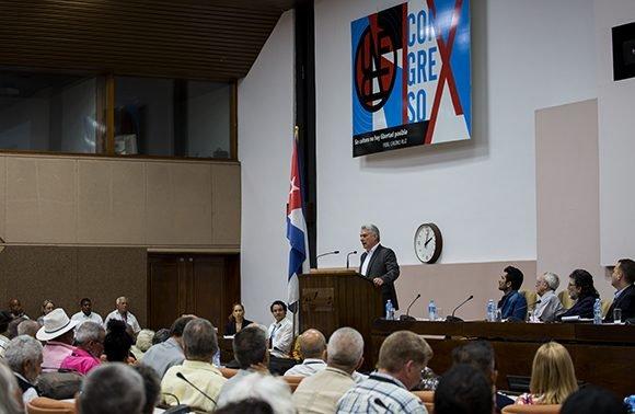 Revolución cubana siempre dialogante