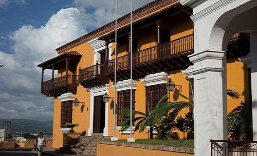 Museo de la lucha clandestina del 30 de Noviembre