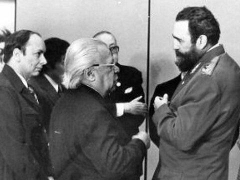Fidel y Guillén. Palabras a los intelectuales. Por una Revolución cubana siempre dialogante