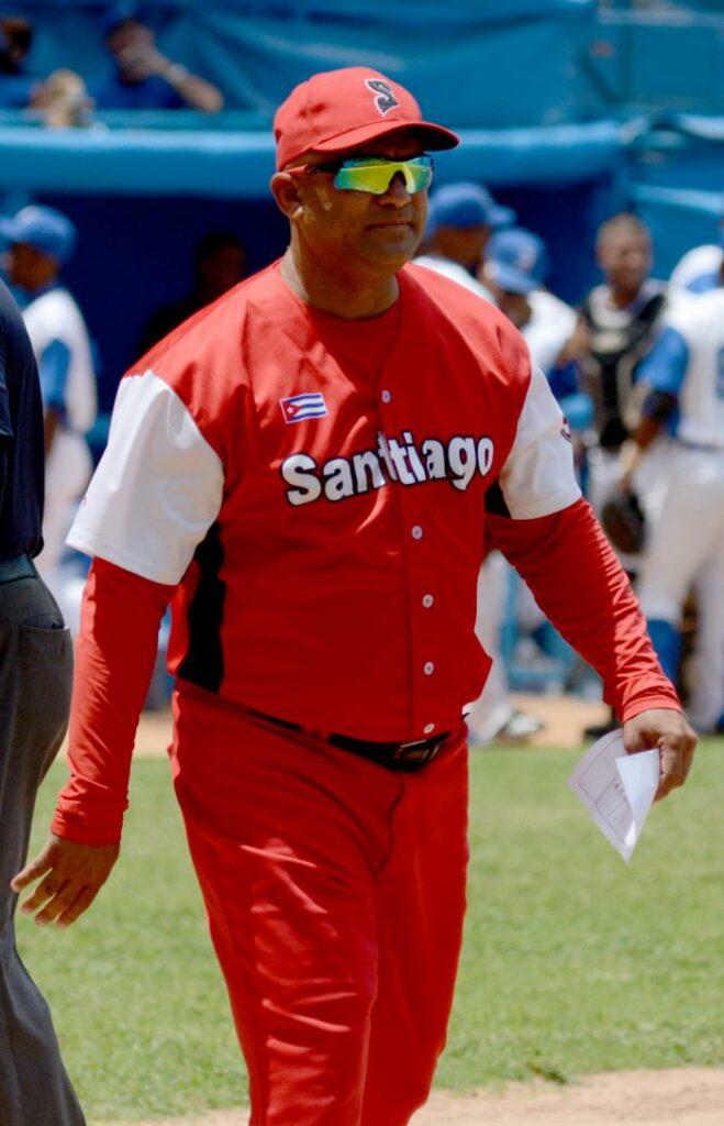 Eriiberto Rosales,manager de Las Avispas de Santiago de Cuba.