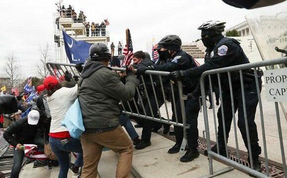 Congreso en caos. Seguidores de Trump irrumpen a la fuerza en el Capitolio mientras los legisladores confirmaban la victoria de Biden.