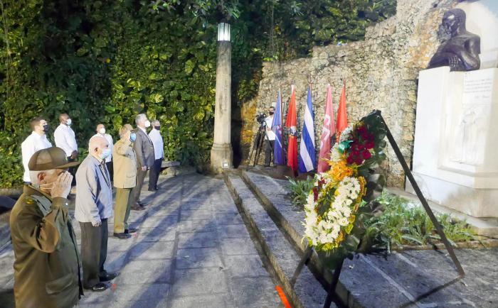 LA LUZ DEL APÓSTOL NO SE APAGA JAMÁS. La historia de Cuba es de victoria
