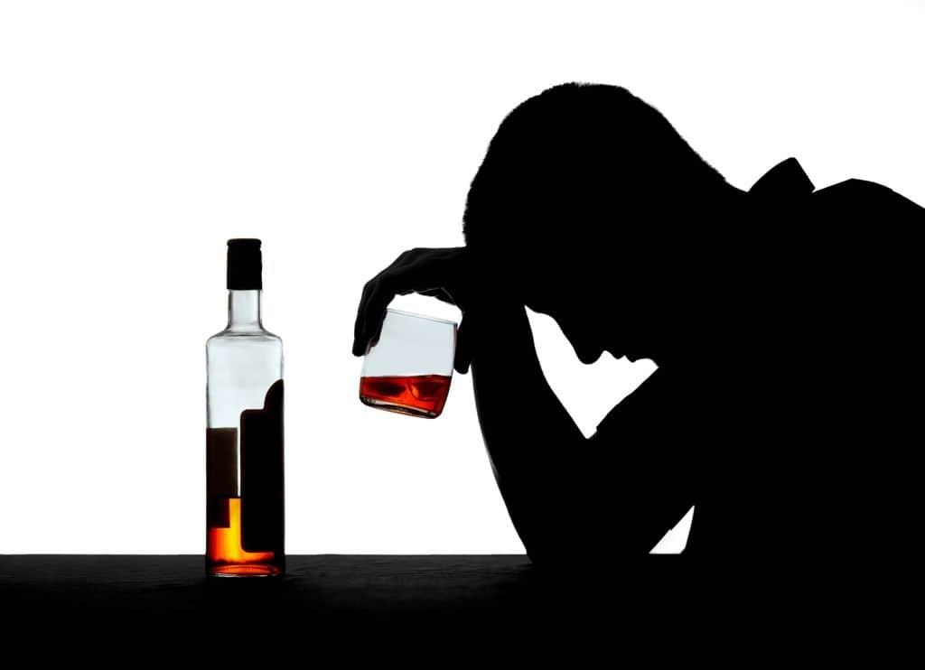 Disminuir el alcoholismo, desafío en la salud pública santiaguera