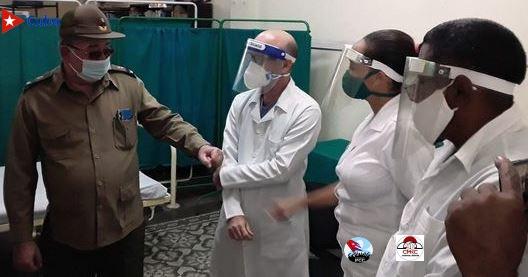 Estricto control y evaluación del ensayo clínico del candidato vacunal Abdala en Santiago de Cuba