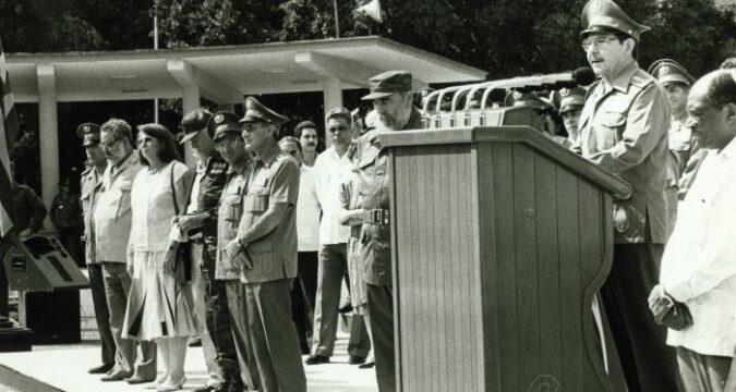 Comandante en Jefe, informo: ¡la Operación Carlota ha concluido!», expresó el General de Ejército Raúl Castro en 1991. Foto: Orlando Cardona