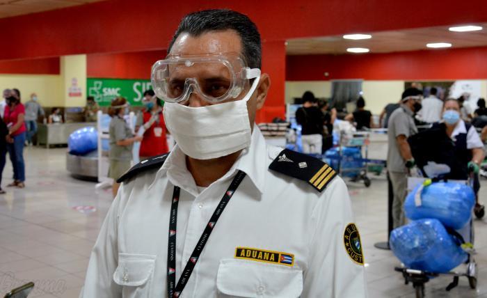 Jorge Luis Bubaire Quintana, jefe de la Aduana del Aeropuerto Internacional José Martí