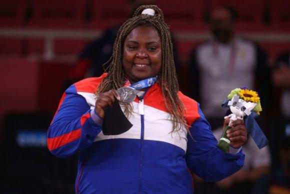 Medallista cubana Idalys Ortiz. Imagen web: Santiago Romero Chang