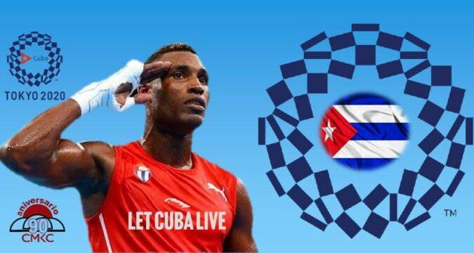 ¡Viva Cuba Libre! Julio César La Cruz sobre el ring olímpico.