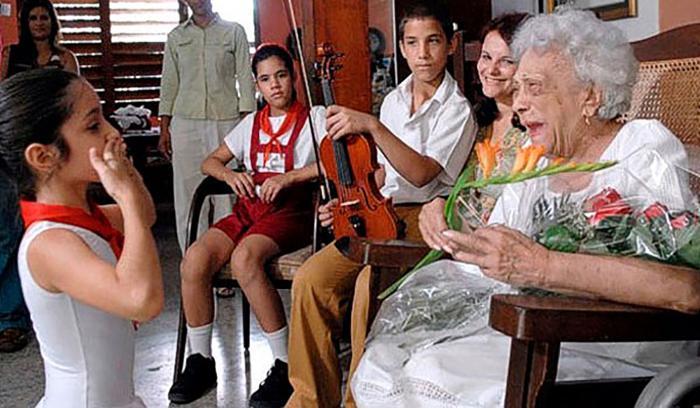Honor y gloria a la heroína Melba Hernández en su centenario