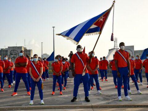 Abanderamiento de la delegación cubana que participará en los XXXII Juegos Olímpicos de Tokio 2020 Foto: Estudios RevoluciónAbanderamiento de la delegación cubana que participará en los XXXII Juegos Olímpicos de Tokio 2020 Foto: Estudios Revolución