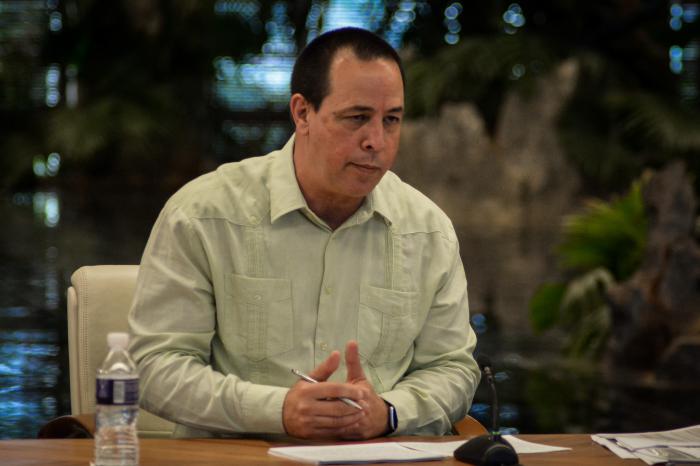 Ministro de Salud, José Angel Portal Miranda