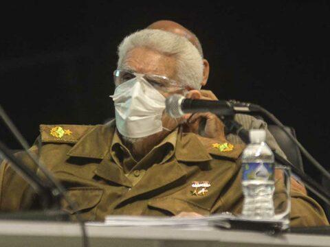El Comandante de la Revolución Ramiro Valdés, viceprimer ministro de Cuba, instó a los santiagueros a mayor unidad