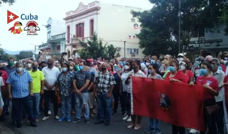 El pueblo revolucionario de Santiago de Cuba, verdadero dueño de las calles