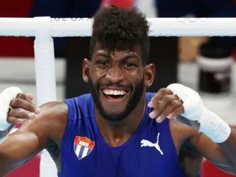 Cuban president Miguel Díaz-Canel congratulated boxer Andy Cruz (63 kilograms