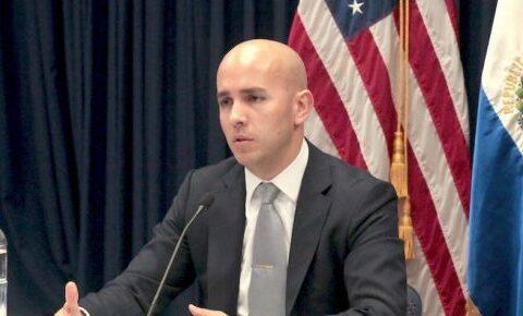 uan González, Asesor de Biden para la región. Foto: Embajada de EEUU en El Salvador